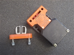 USED SIEMENS GUARD SWITCHES (3SE2 243-0XX40)