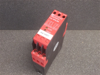 USED TELEMECANIQUE SAFETY RELAY (XPS-BA)
